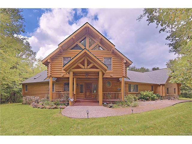 109 CREEKWOOD, Orion Twp, MI 48362