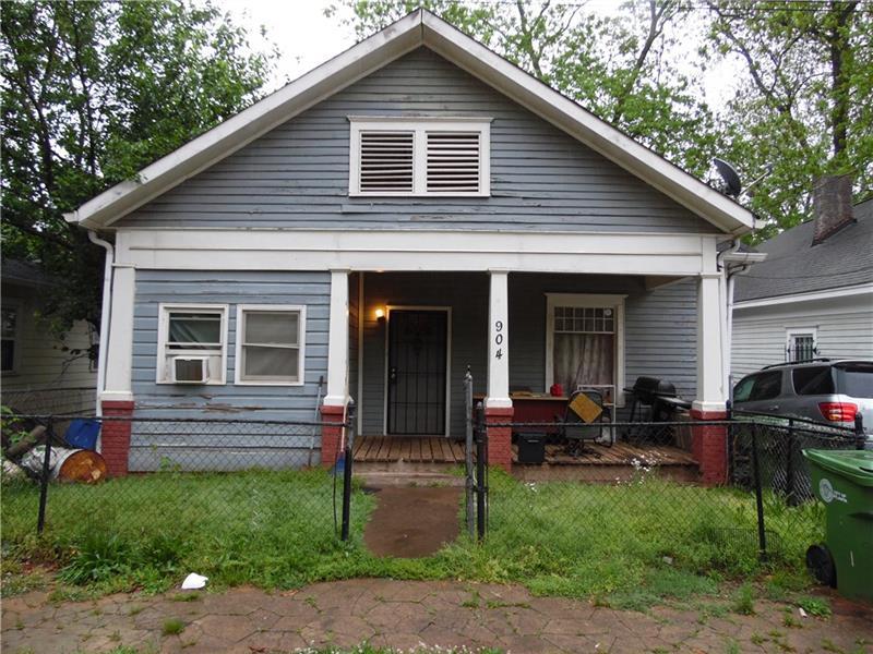 904 SW Oakhill Avenue, Atlanta, GA 30310