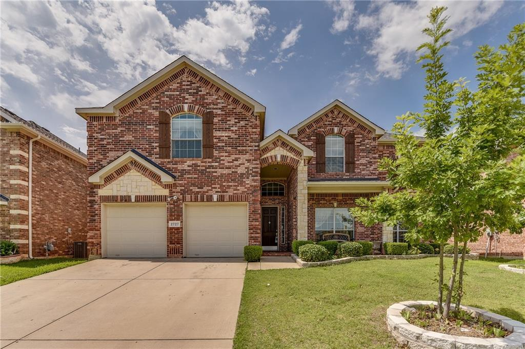 2727 Eastland Drive, Grand Prairie, TX 75052