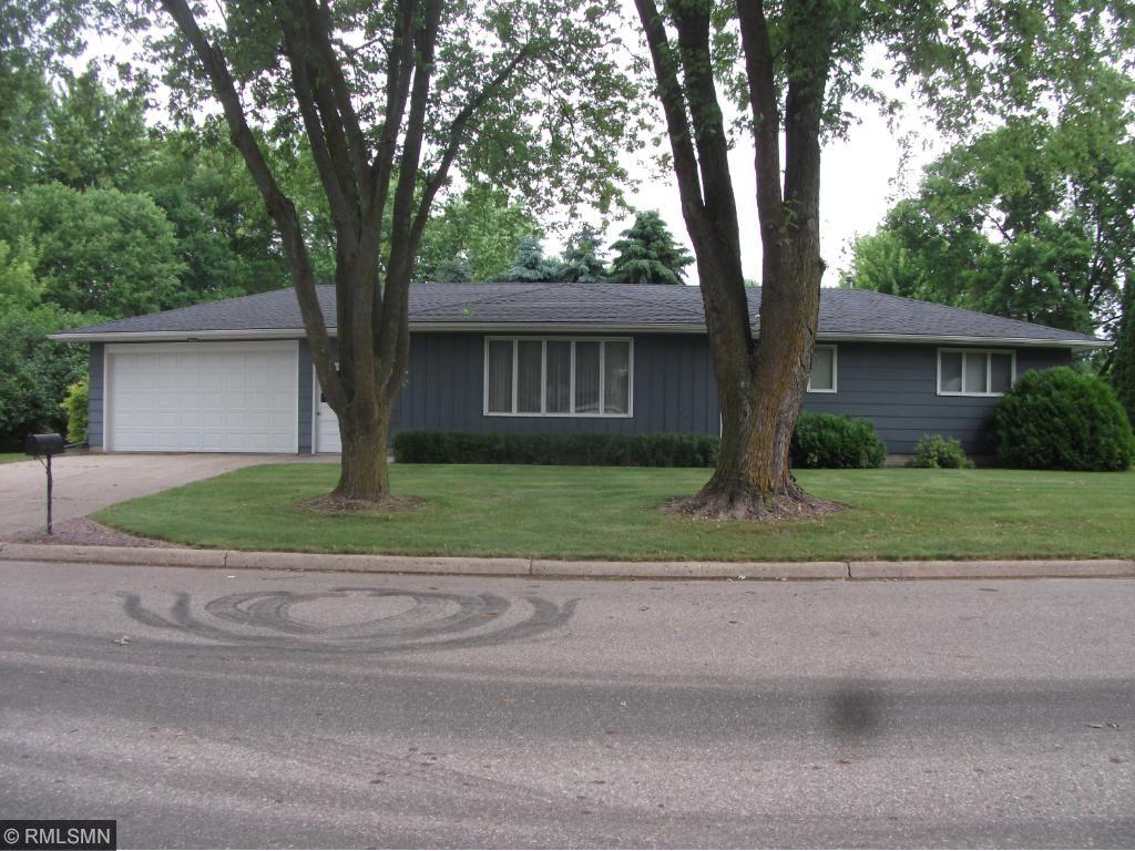 80 E Bowler Street, Le Center, MN 56057