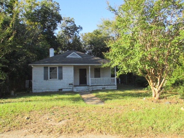 9 Pear St, Sumter, SC 29150