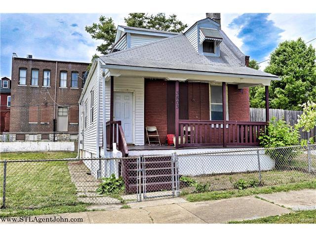 3803 Indiana Avenue, St Louis, MO 63118