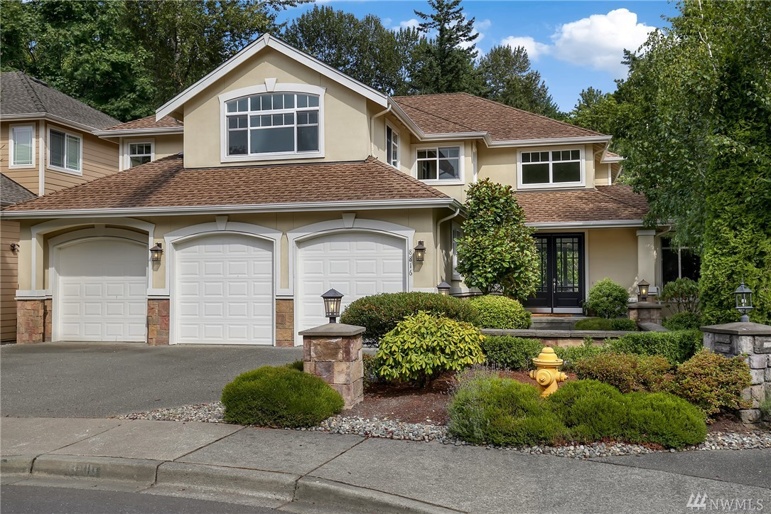 8816 140th Ave SE, Newcastle, WA 98059