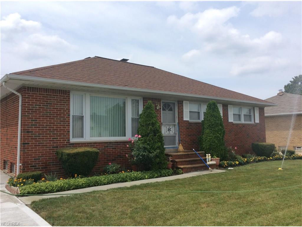 1736 Bellingham Rd, Mayfield Heights, OH 44124