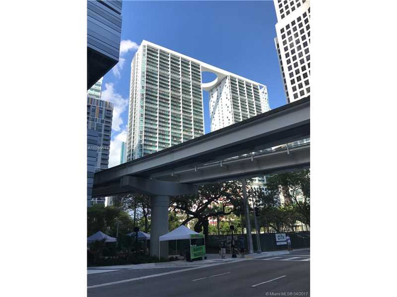 55 SE 6th St 1605, Miami, FL 33131