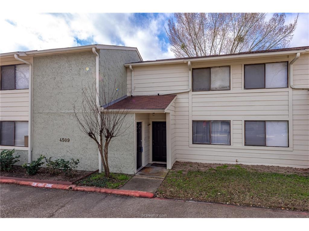 4509 Carter Creek 6, Bryan, TX 77802