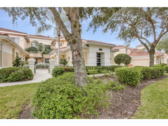 3950 DEER CROSSING, NAPLES, FL 34114