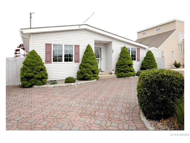 34 Jonathan Drive, Stafford Twp, NJ 08050