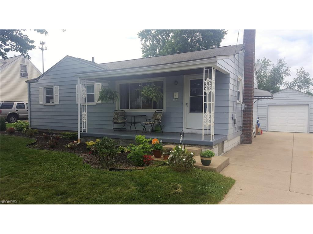 545 Creed St, Struthers, OH 44471