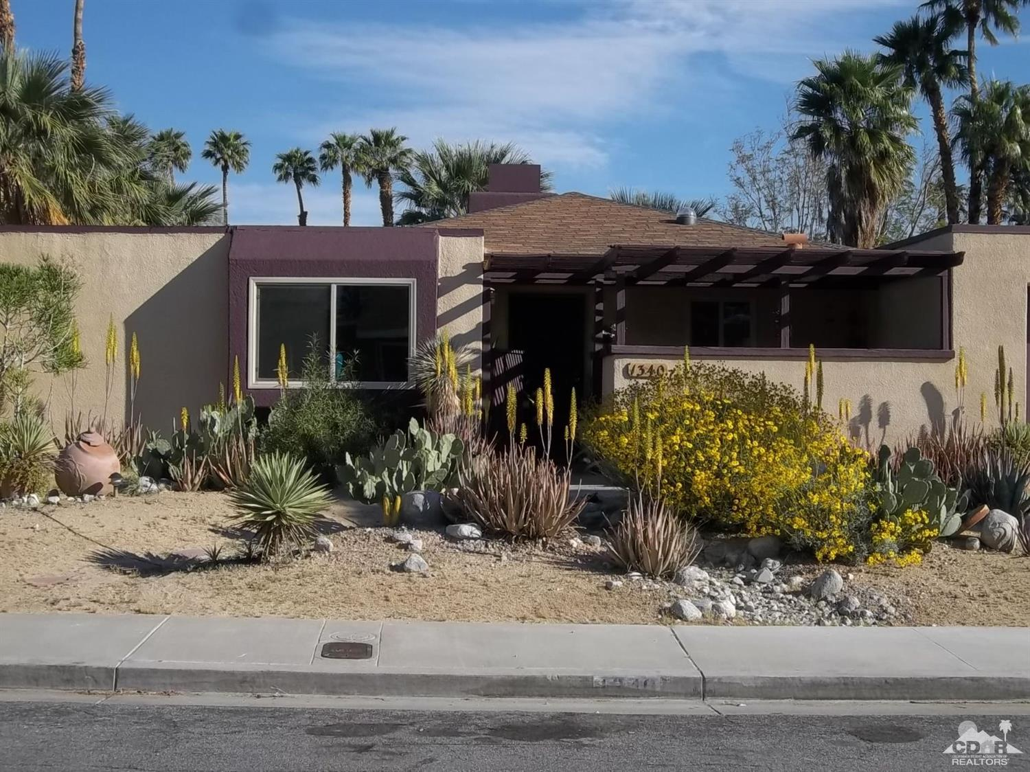 Victoria park palm springs homes for sale for Palm spring houses for sale