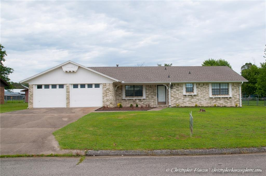 110 Meadowbrook AVE, Lincoln, AR 72744