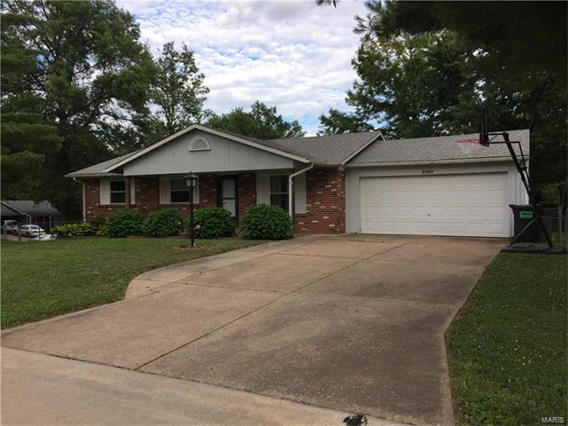3120 Woodcliff Manor Road, St Charles, MO 63303