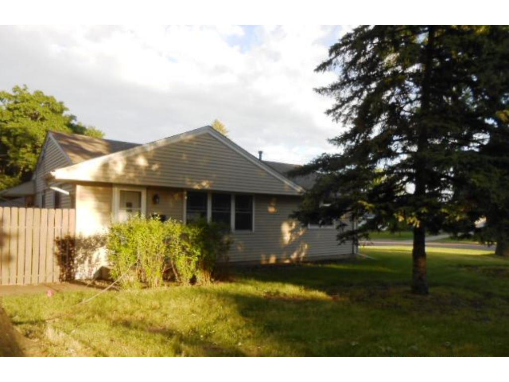 5890 Moore Lake Drive W, Fridley, MN 55432