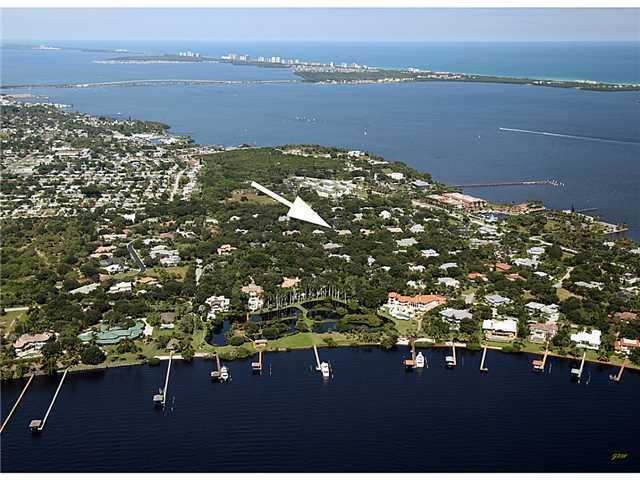 2892 NE Sewalls Landing Way, Jensen Beach, FL 34957