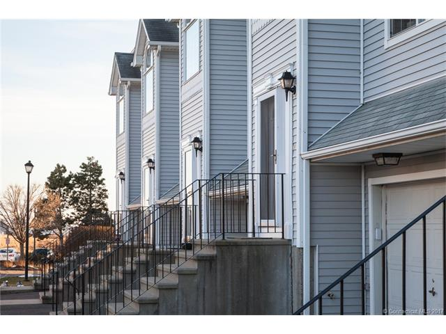 560 Silver Sands Rd #102 102, E Haven, CT 06512