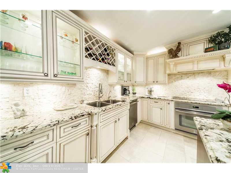 16710 SW 59th Ct, Southwest Ranches, FL 33331