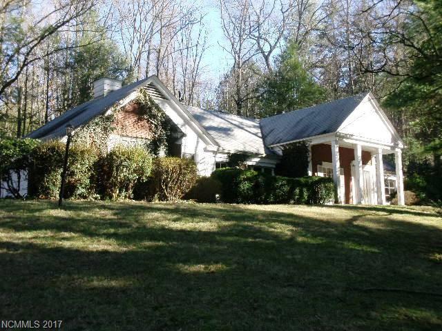 32 Cedarcliff Road, Biltmore Forest, NC 28803