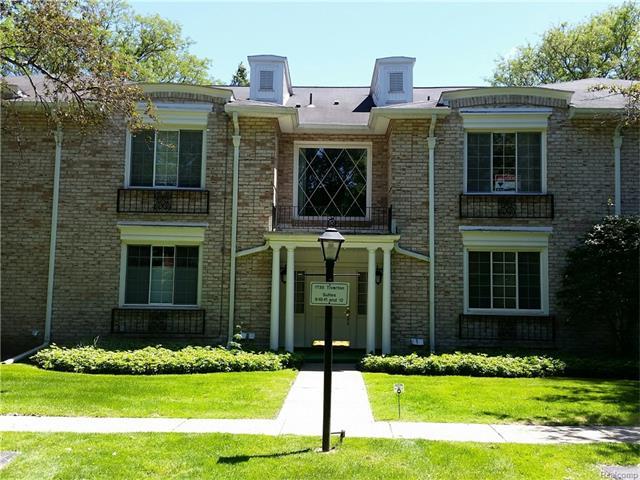 1735 TIVERTON Road 12, Bloomfield Hills, MI 48304