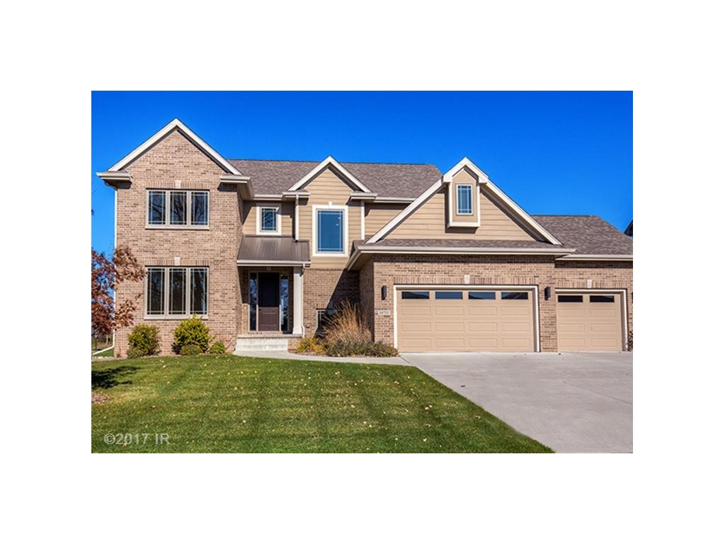 14711 BROOKVIEW Drive, Urbandale, IA 50323