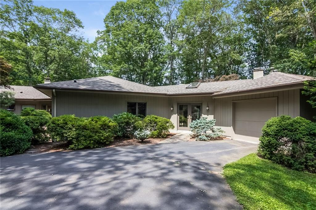 291 Peddlers Road, Guilford, CT 06437