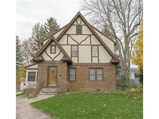 3433 Darlington Rd, Ottawa Hills, OH 43606