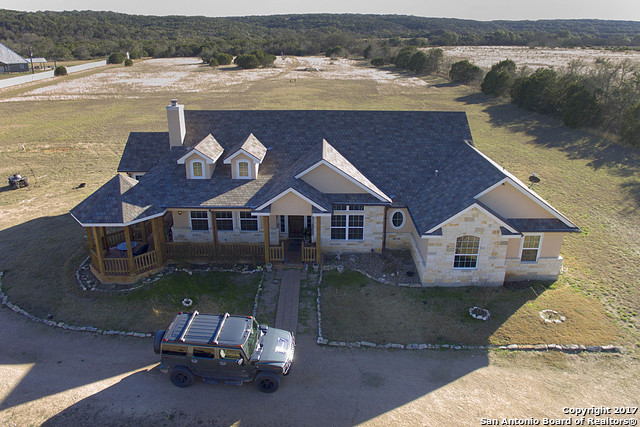 188 Lazy Hawk Bend, Bulverde, TX 78163