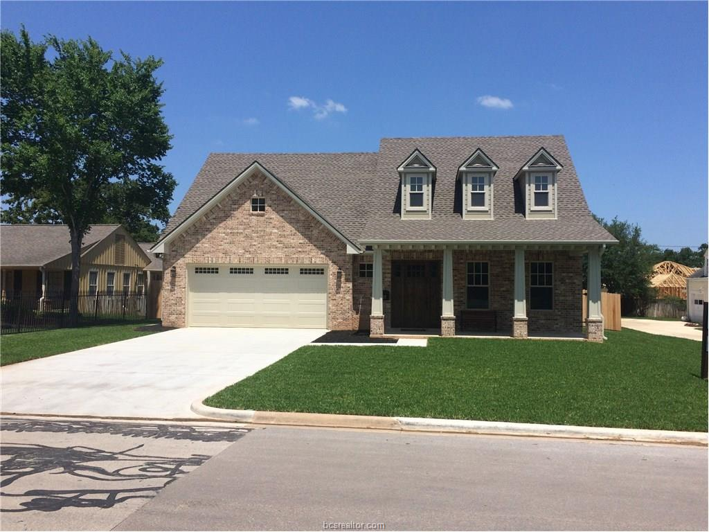 127 Lee Avenue, College Station, TX 77840