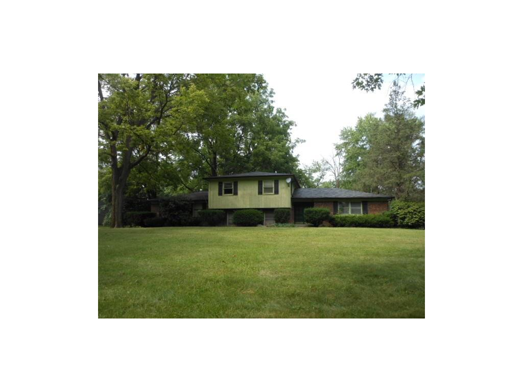 530 Golf Lane, Indianapolis, IN 46260