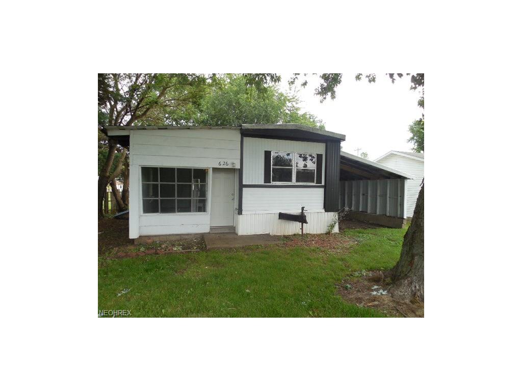 626 Birch St, Coshocton, OH 43812
