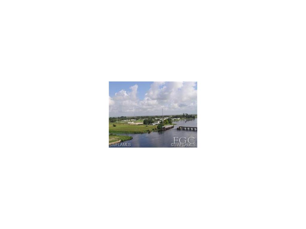 813 Yacht Club WAY NW, MOORE HAVEN, FL 33471