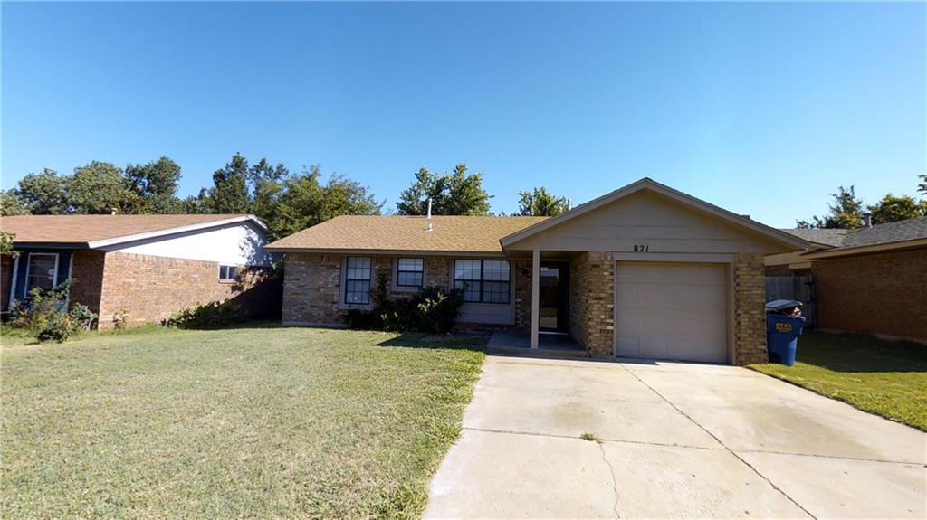 821 W Perry Drive, Mustang, OK 73064
