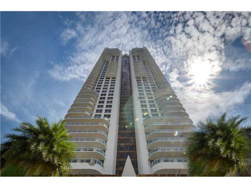 6365 Collins Ave 1907, Miami Beach, FL 33141