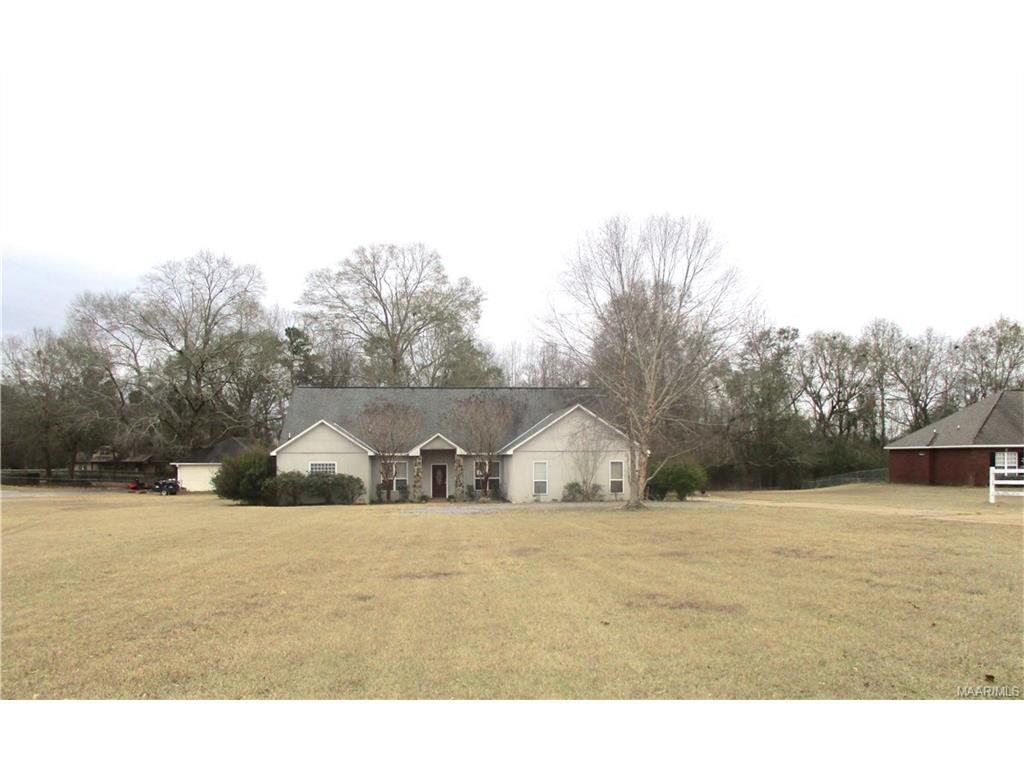 198 Meadow Lane, Deatsville, AL 36022