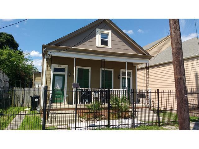 8242 S CLAIBORNE Avenue, New Orleans, LA 70118