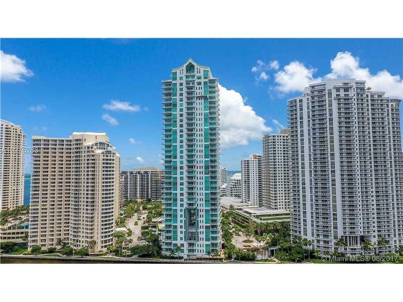 900 Brickell Key Blvd 1801, Miami, FL 33131