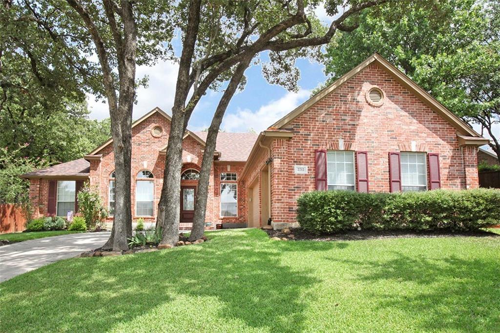 2212 Woods Edge Court, Corinth, TX 76210