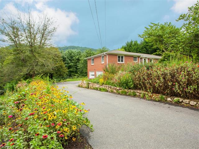 10 Alpine Way, Asheville, NC 28805