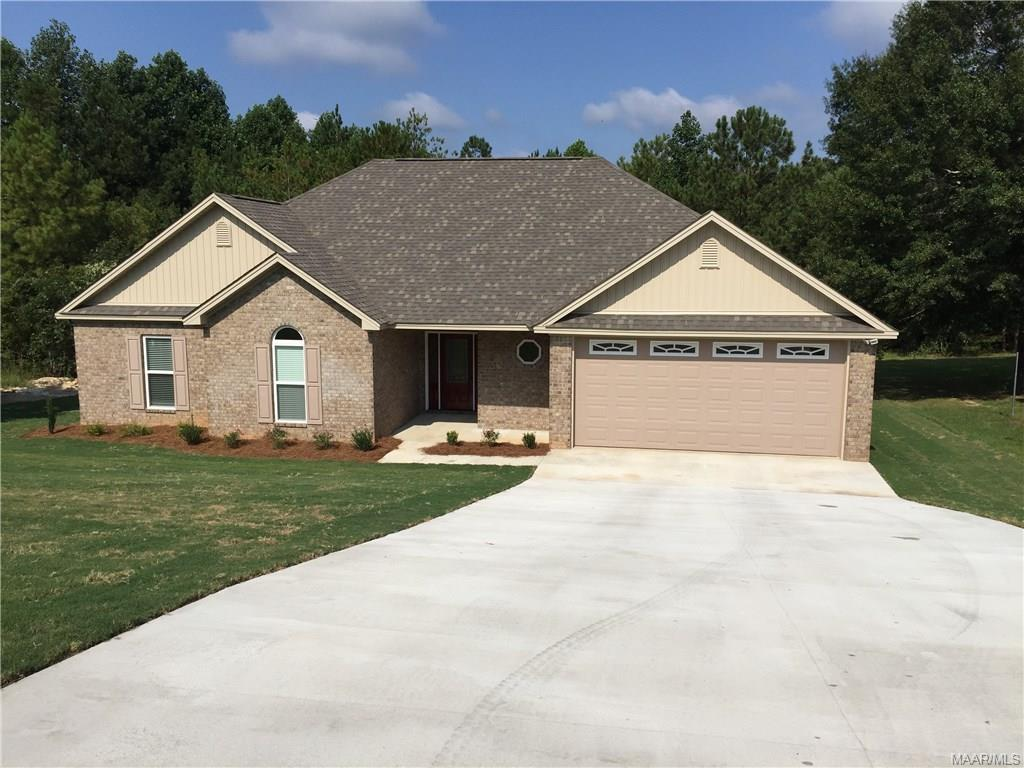 512 Whispering Wind Way, Deatsville, AL 36022