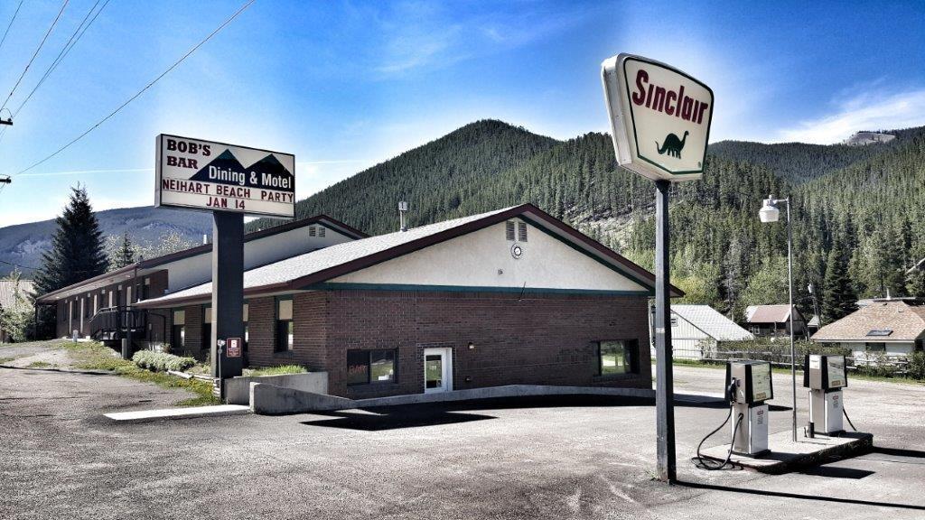 320 N Main Street, Neihart, MT 59465