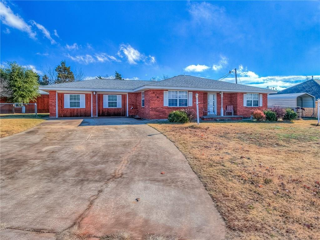 528 S Lakehoma Place, Mustang, OK 73064