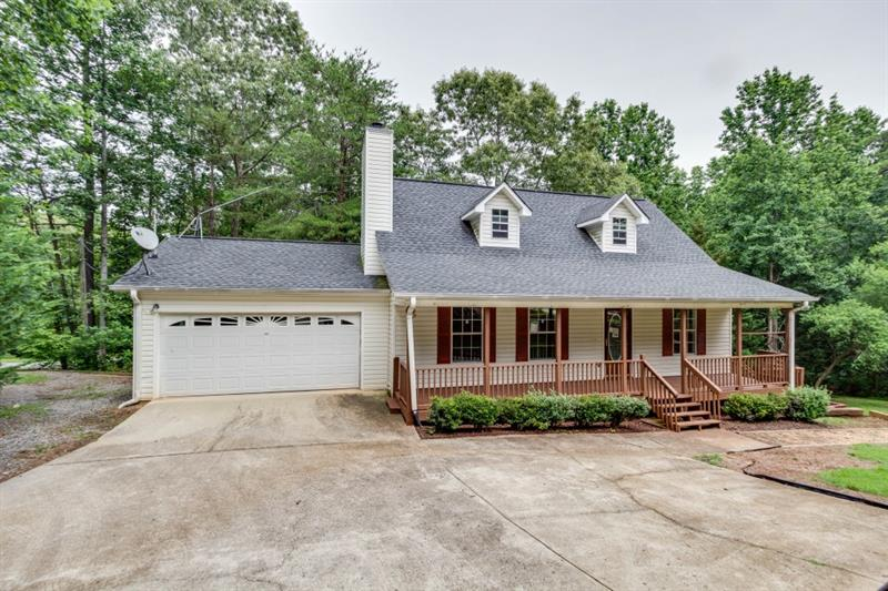 9615 Crestview Terrace, Gainesville, GA 30506