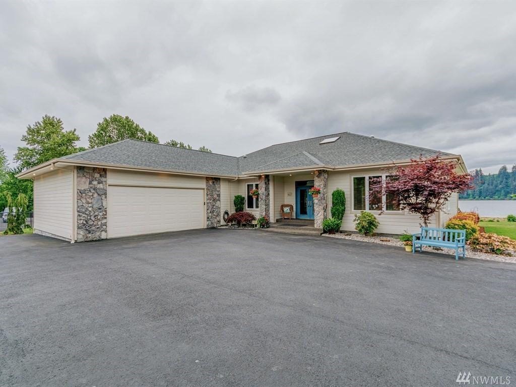 6905 Willow Grove Rd, Longview, WA 98632