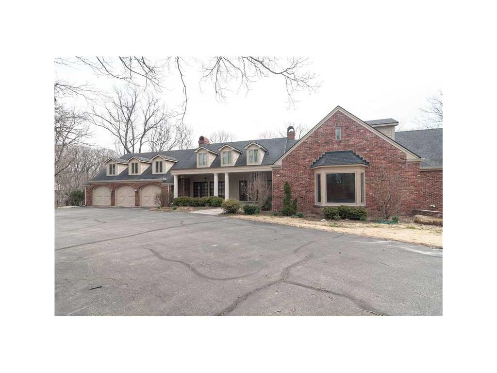 8602 FRONTGATE Lane, Indianapolis, IN 46256