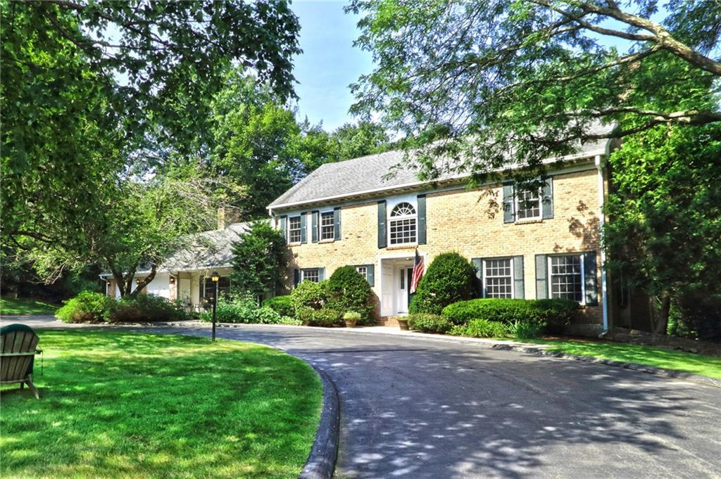 55 Mountain Brook Road, North Haven, CT 06473