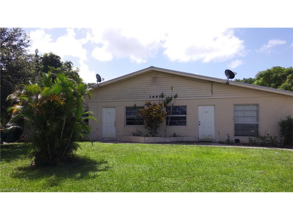 2660 Lakeview DR, NAPLES, FL 34112