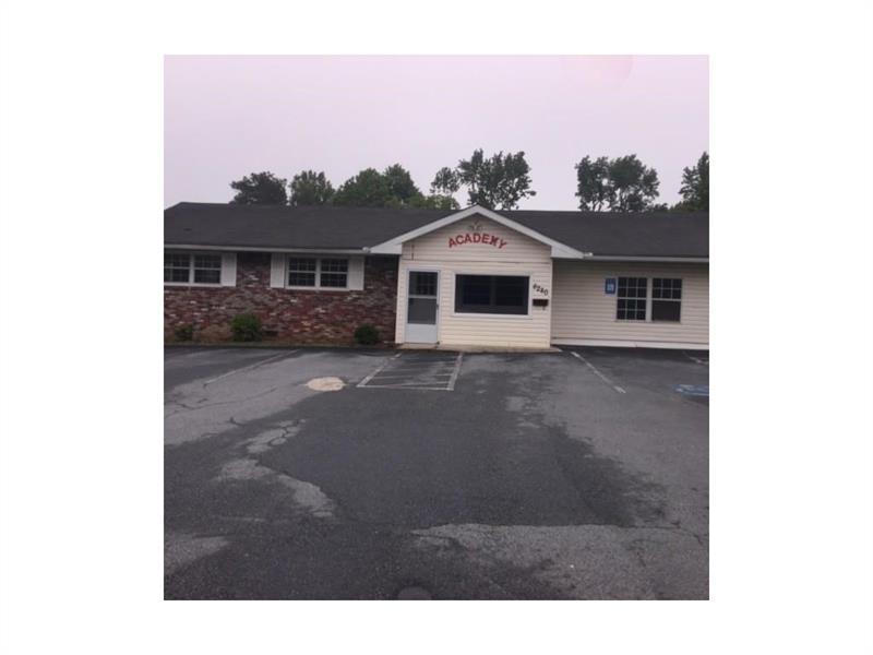 6280 Oakwood Circle, Norcross, GA 30093