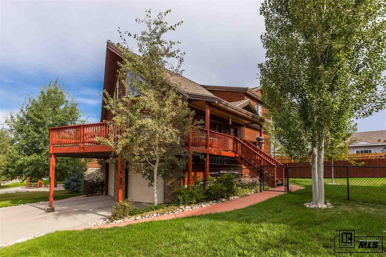 27433 Brandon Cir, Steamboat Springs, CO 80487