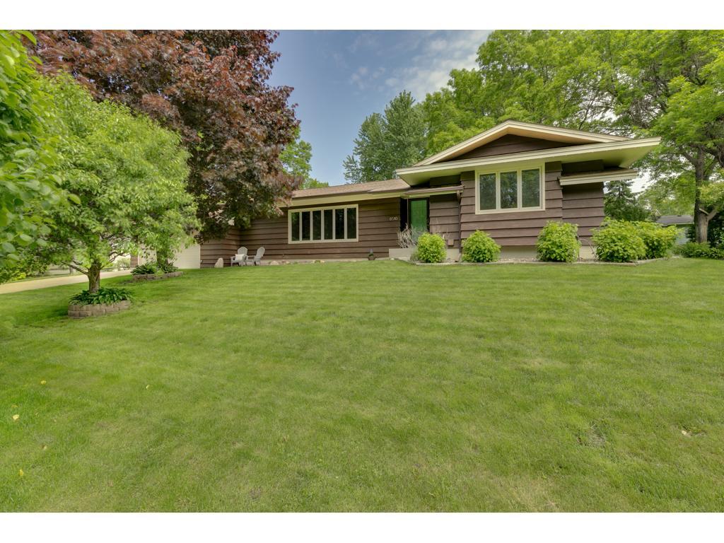 8510 Julianne Terrace, Golden Valley, MN 55427