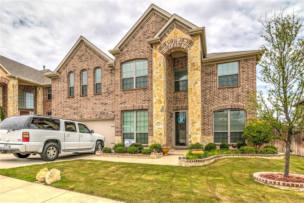 607 Wellington Drive, Roanoke, TX 76262