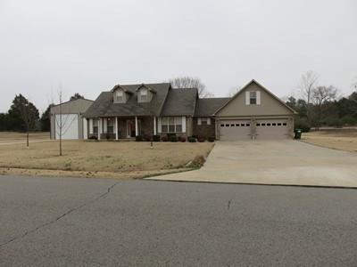 2 DeerRun LN, Clarksville, AR 72830